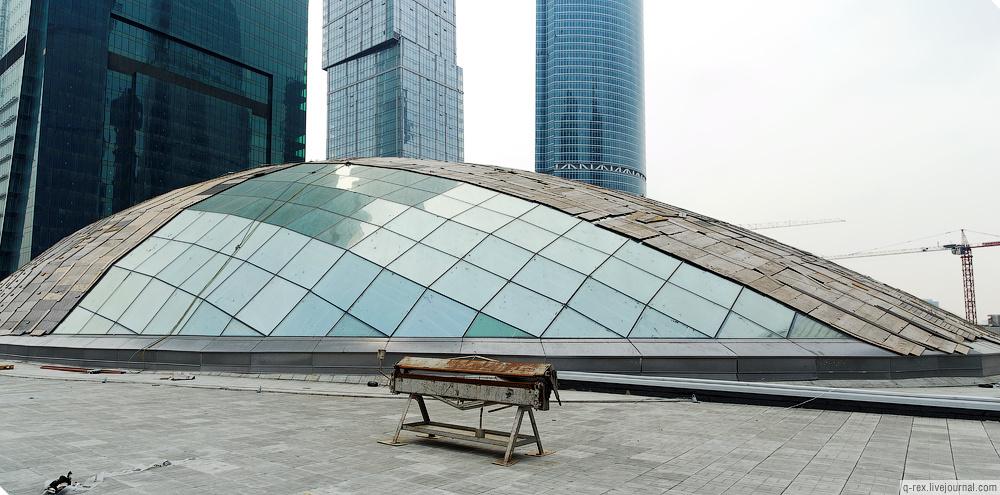 http://photo.metroblog.ru/lj/37_2010-04-27/mall_roof_18_big.jpg